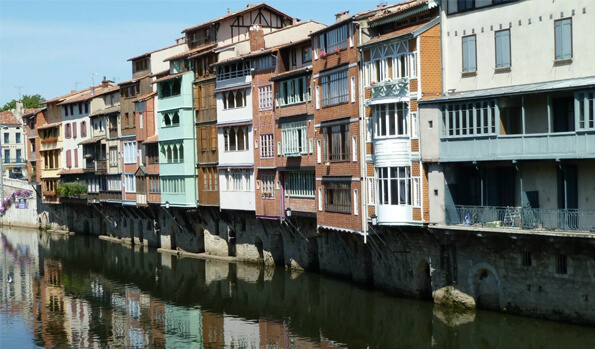 homestay program in france _ castres