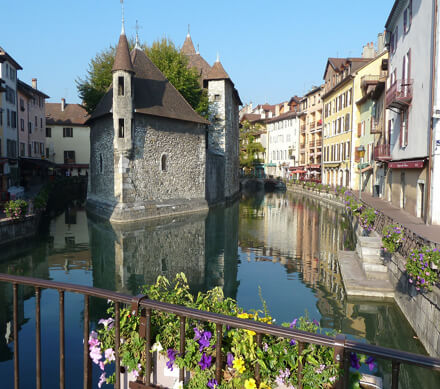 educational tours annecy france